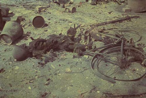 vom 28.07.1943Aufnahmedatum: 29.07.1943Aufnahmeort: HamburgSystematik: Geschichte / Weltkrieg II / Luftkrieg / Deutschland / Hamburg / Tote und Verletzte