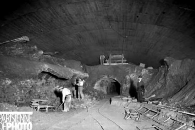 """""""Pneumotranzyt"""" – podziemny tunel dla pociągówpneumatycznych 13"""