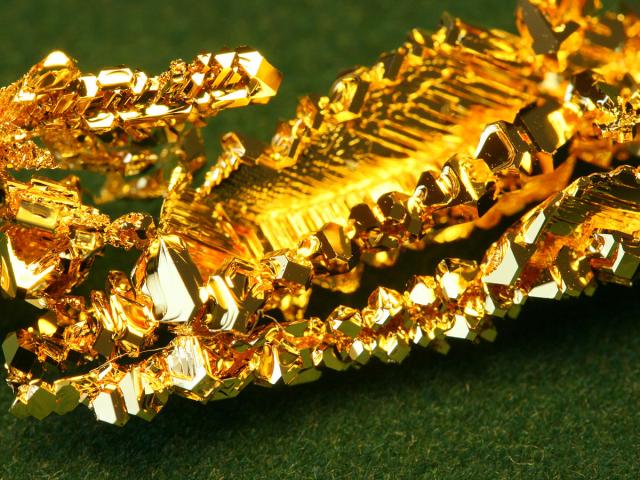 Jak powstaje samorodne złoto? 7